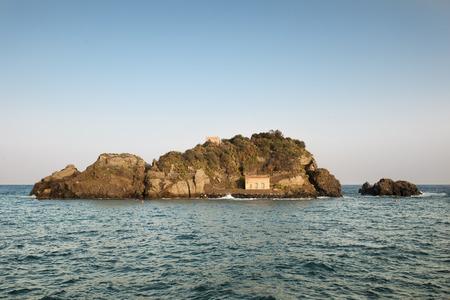 Acitrezza Lachea Island