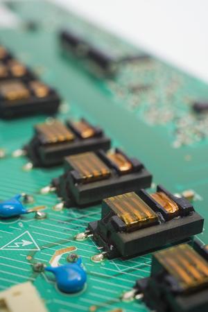 microprocessor: Electronic circuit