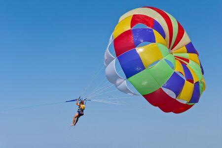 Vliegen op een parachute