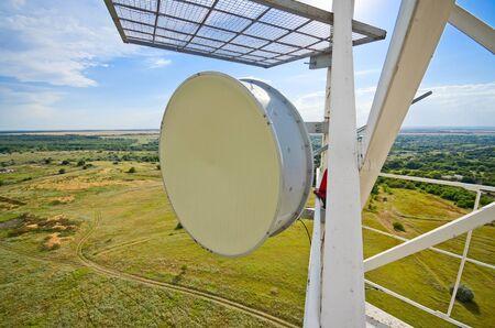 Radio-relay-antenne voor mobiele communicatie groot zicht