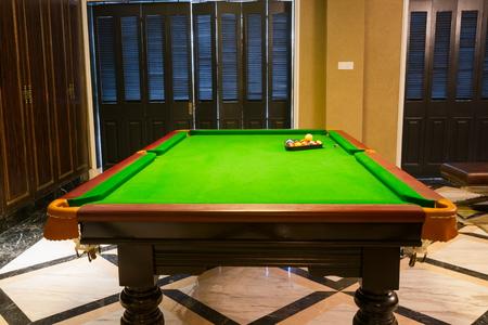 snooker room: pool room in a club