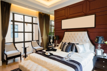 luxury comfortable bedroom with nice decoration Stock Photo - 24283081