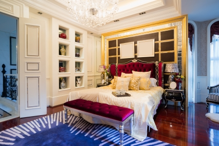luxury bedroom with nice decoration Stock Photo - 24283221
