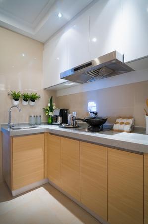 cucina moderna con bel mobile