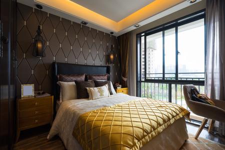 chambre � coucher: chambre de luxe avec une belle d�coration Banque d'images