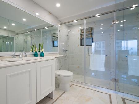 modern bathroom: the modern bathroom with nice decoration