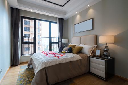 luxury bedroom: very nice bedroom with luxury decoration
