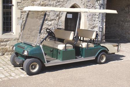 Automobile buggy. Golf cart. Golf veicolo auto. automobilistico leggero. Archivio Fotografico