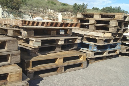 skids: wooden pallets