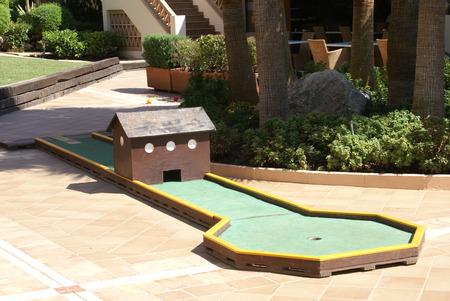 putt: minigolf. golf. crazy golf. Miniature golf. putt putt golf
