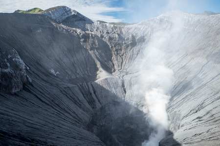 active volcano: Crater of an active volcano in Java, Indonesia
