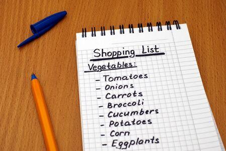 ballpoint pen: Handwritten vegetable shopping list with ballpoint pen. Stock Photo