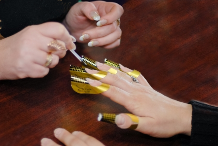 Making acrilic nails photo