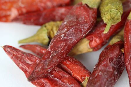 chillies: dried chillies