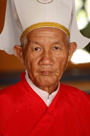 Tây Ninh, Vietnam, 1 september 2008 - Cao Dai Priest