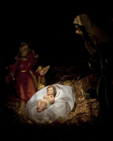nacimiento de jesus: escena de la natividad en el fondo negro, nacimiento de Jes�s, Mar�a y Jos�