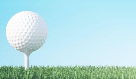 Golfball auf grünem Gras bereit, erschossen zu werden, blauer Himmel Hintergrund, 3D-Darstellung