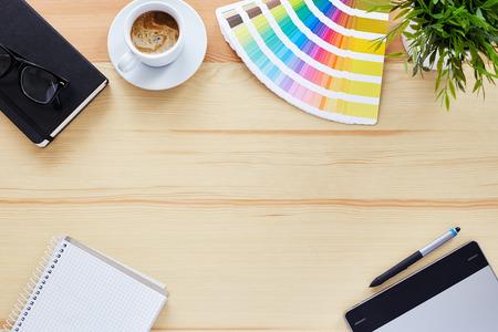 escritorio: Vista superior de la tabla diseñador gráfico