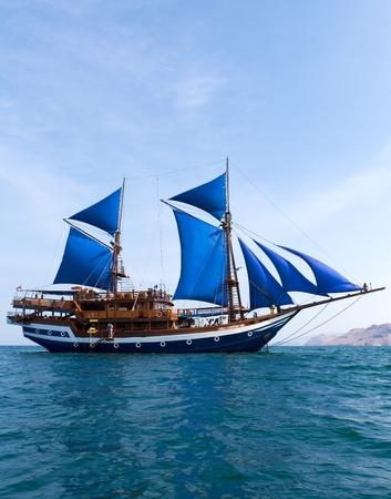Ancient ship Stock Photo - 10315120