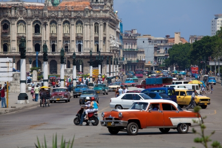 trafic: Great Theatre and heavy trafic, old town, Havana, Cuba