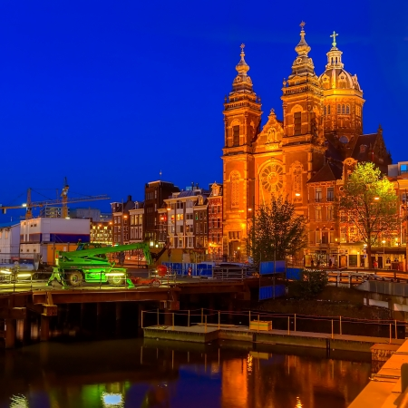 Sint-Nicolaaskerk on Prins Hendrikkade at Night, Amsterdam, Netherlands
