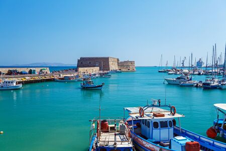Heraklion Harbour and Fortress Kooules, Crete, Greece 新聞圖片