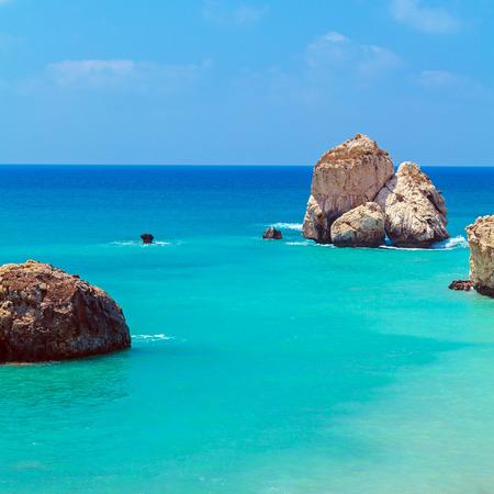 aphrodite: Rocas de Afrodita, bithplace de diosa del amor, Paphos, Chipre, también llamada Petra tou Romiou