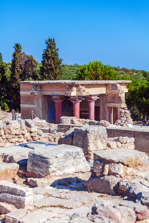 North Entrance with charging bull fresco and red columns, Knossos palace, Crete