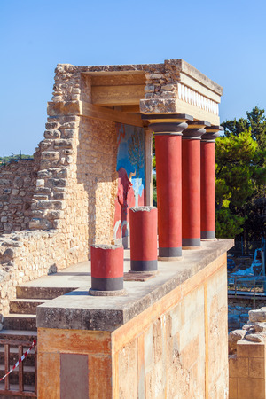 charging bull: North Entrance with charging bull fresco and red columns, Knossos palace, Crete