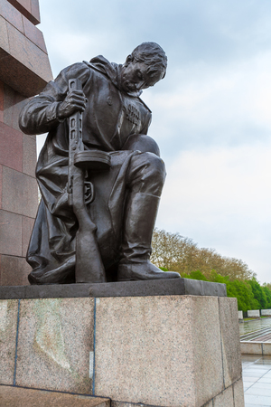 treptow: BERLIN, GERMANY - APRIL 2, 2008: Famous monument to Soviet soldiers in Treptow Park Editorial