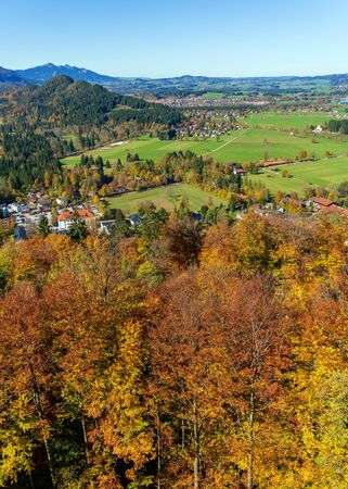 Hohenschwangau valley and Alps mountains at fall, Bavaria Standard-Bild