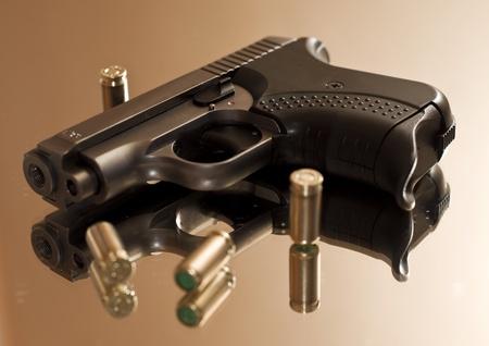 automatic pistol: Small gas pistols for self-defense