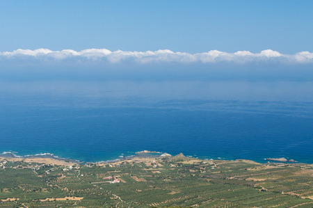 kreta: Picturesque panoramic view from a height on the mountain and mediterranean sea near with famous Balos beach. Beautiful natural landscape. Region of Chania. West of the Crete island, Greece, Europe.