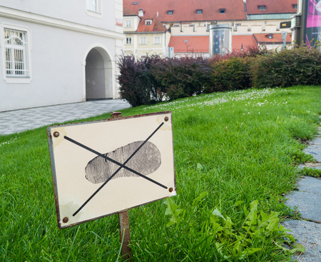 dont walk: Sign: dont walk on the grass. Prohibitions in our lives. Conceptual view