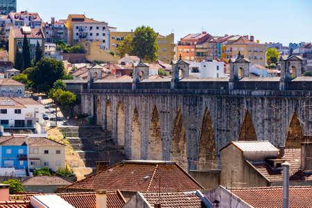 The Aqueduct Aguas Livres in Portuguese: Aqueduto das Aguas Livres Aqueduct of the Free Waters is a historic aqueduct in the city of Lisbon, Portugal. 版權商用圖片