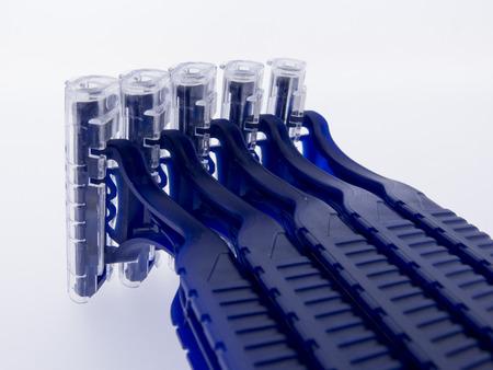 パーソナルケアのため青いかみそり 写真素材 - 53835610
