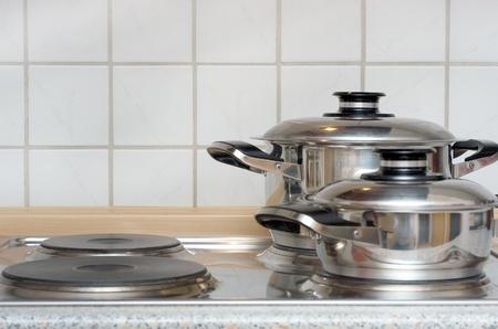 hobs: cooking pots