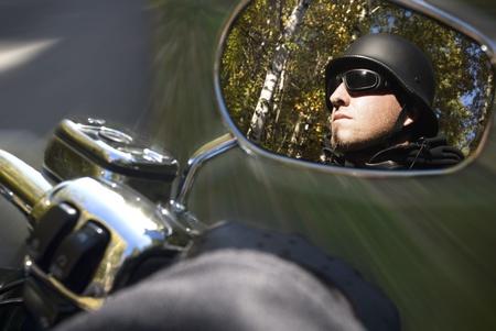cruiser bike: motorcycle