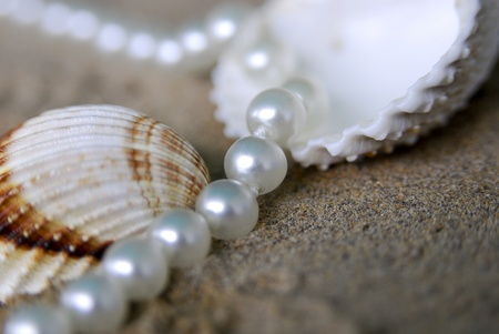 pearl necklace Stock Photo - 10848137