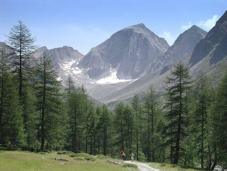 val: mountain hike Stock Photo