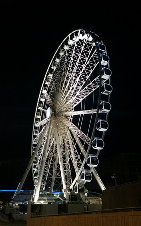 The Echo Wheel of Liverpool  Liverpool Eye by night - Keel Wharf waterfront of the River Mersey, Liverpool, United Kingdom Stock Photo