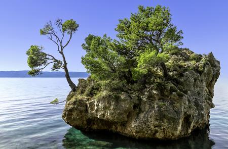 Kamen Brela - Tiny famous island in Brela, Makarska Riviera, Dalmatia, Croatia Stock Photo