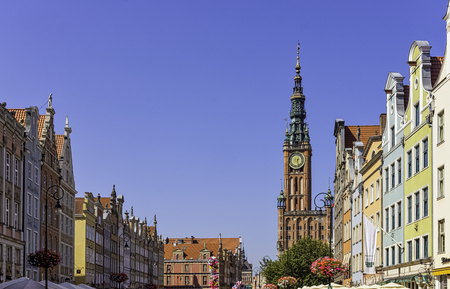 Vintage architecture of Old Town with Historical Museum of the City of Gdansk in Main Town Hall in Gdansk, Tricity, Pomerania, Poland 新聞圖片
