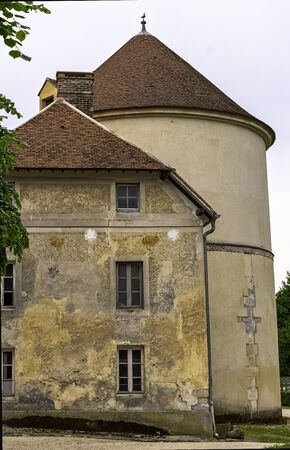 Coupvray Castle (Chateau de Coupvray) - side buildings in Coupvray, Seine-et-Marne, Ile-de-France, France Imagens