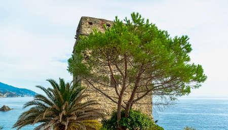 Torre Aurora in Monterosso al Mare, Cinque Terre, Liguria, Italy 免版税图像