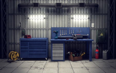 the equipment: taller en el garaje con herramientas y equipos