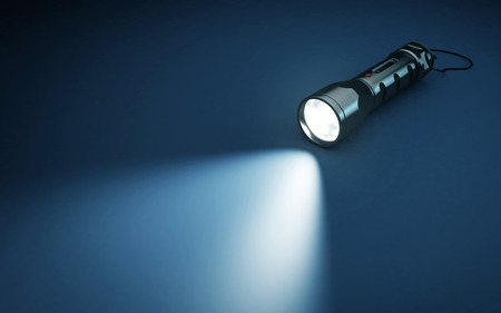 Taschenlampe und Lichtstrahl auf dunklem Hintergrund. 3D-Rendering