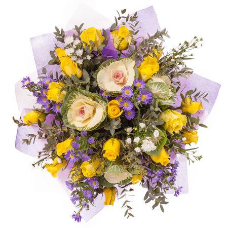 꽃의 꽃다발 상위 뷰 화이트에 격리입니다. 스톡 콘텐츠