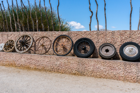 Wheel collection evolution of technology. 版權商用圖片 - 46652963