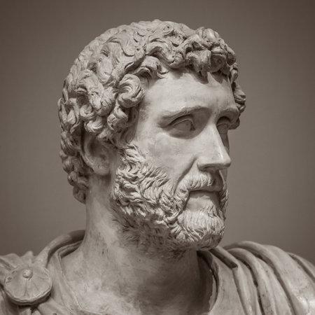 古代彫刻の頭と肩のディテール。